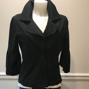 Maestro Jackets & Coats - Adorable Maestro black bell sleeve jacket.